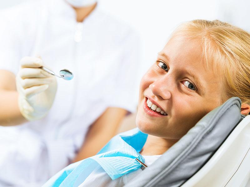 Kinderzahnheilkunde, Zahnmedizin, Angstpatienten, Angst vorm Zahnarzt, Zahnerhaltung, Karies, Zahnersatz, Prophylaxe, Zahnarzt, Zahnheilkunde, Klammer, Brücke, Krone, Zahnarzt in Lohmar