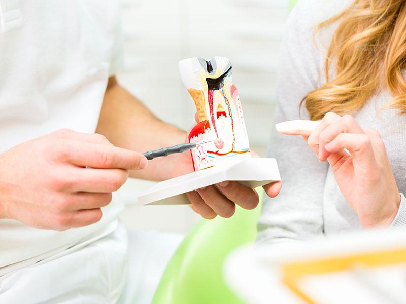 Wurzelbehandlung, Zahnmedizin, Angstpatienten, Angst vorm Zahnarzt, Zahnerhaltung, Karies, Zahnersatz, Prophylaxe, Zahnarzt, Zahnheilkunde, Klammer, Brücke, Krone, Zahnarzt in Lohmar